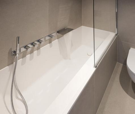 PAA-Baths-Silkstone-Infinity-built-in--bathroom-interior-Riga-River-Breeze-Residence--03-WEB
